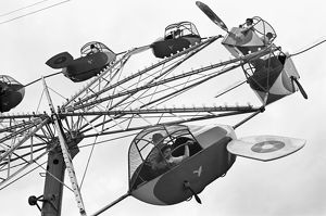 beach/carnival ride 1942 airplane carnival ride brownsville