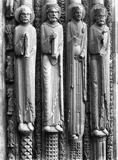 medieval/chartres cathedral figures royal portal left side