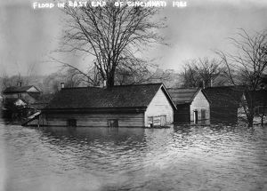 CINCINNATI: FLOOD, 1913. Flooded houses in the east end of Cincinnati, Ohio. Photograph