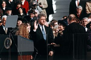 whats new b/clinton inauguration 1993 chief justice william