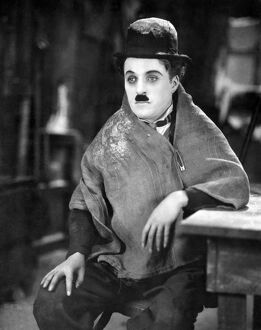 THE GOLD RUSH, 1925. Charlie Chaplin in a scene from 'The Gold Rush'.