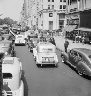 whats new/nyc fifth avenue 1939 traffic 5th avenue near