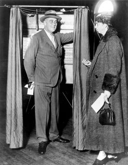 american elections/president mrs franklin d roosevelt voting hyde