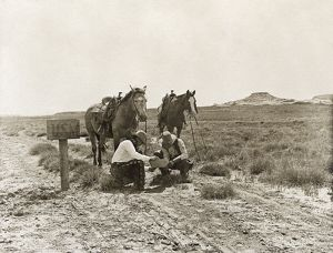 anthropology/texas cowboys c1907 cowboys reading mail usm