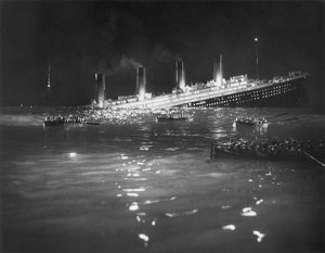 TITANIC: RE-CREATION, 1912. A Hollywood re-creation of the sinking of the 'Titanic' in 1912