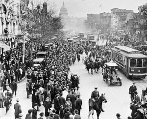 WASHINGTON, D.C.: SUFFRAGE. Suffragettes arriving from New York, parading up Pennsylvania