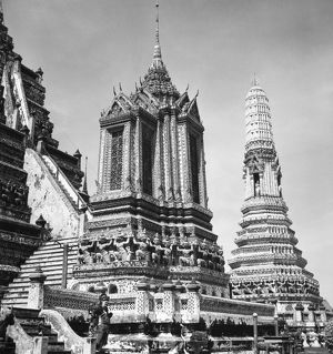 Wat Arun, or Temple of the Dawn, a Buddhist temple in Bangkok, Thailand, built c1767