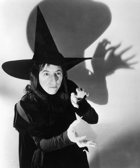 WICKED WITCH OF THE WEST Margaret Hamilton as the Wicked Witch of the West in the