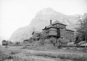 YOHO NATIONAL PARK. Mount Stephen Guesthouse at Yoho National Park, Field, British